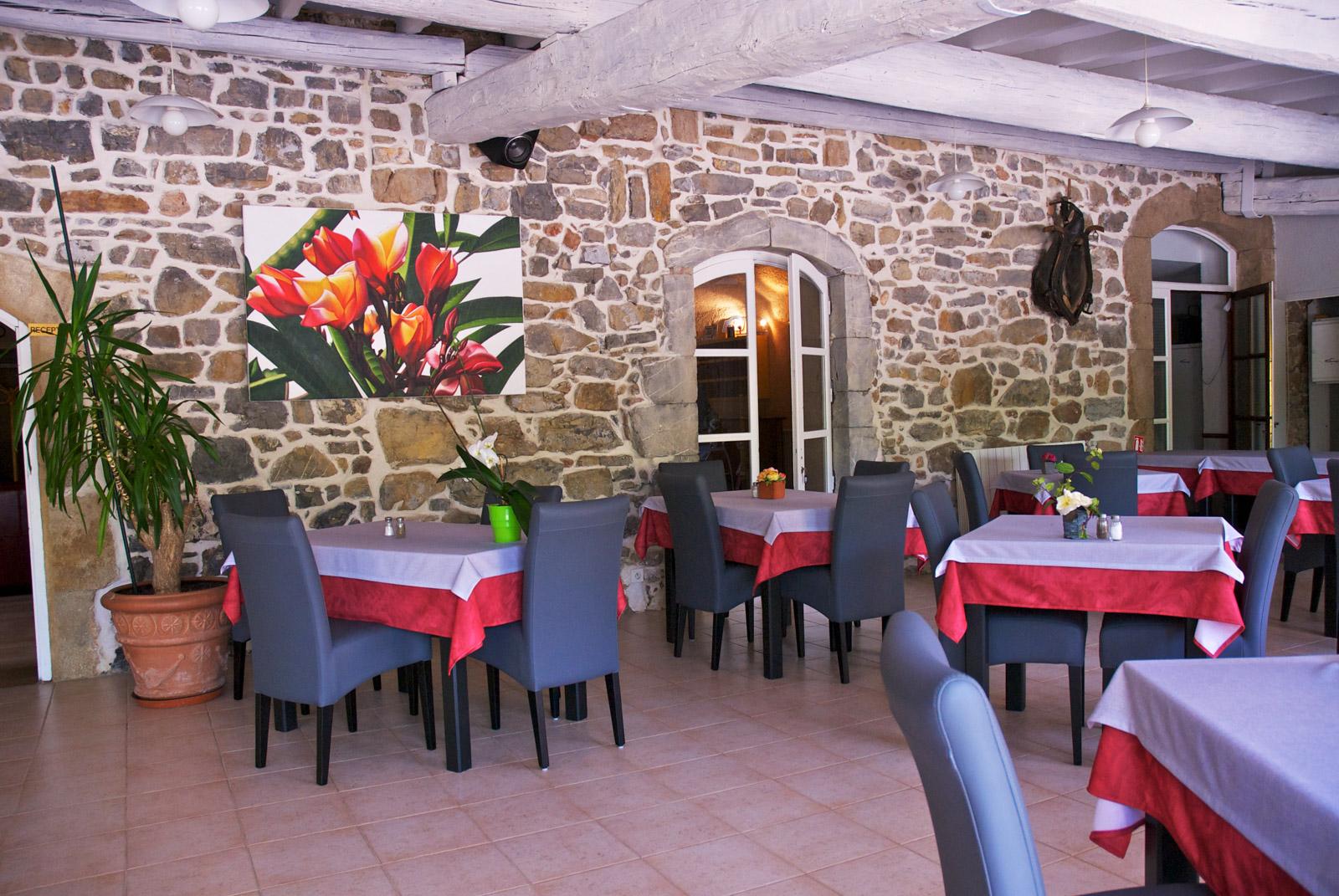 Hôtel Restaurant Le Pradinas