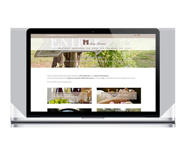 Site internet du Mas de la Rivoire (Chambres d'hôtes et gîtes dans le Gard)