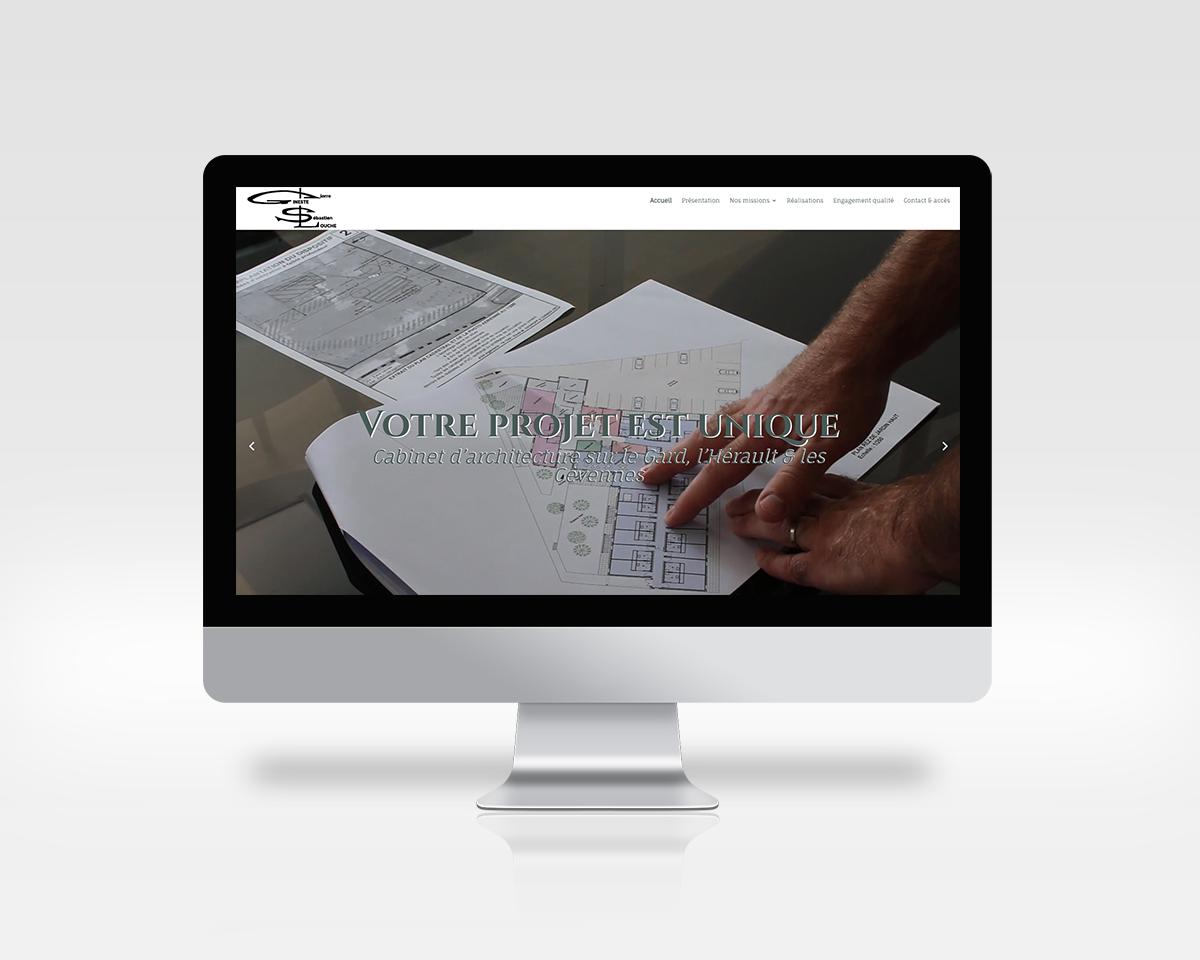 Image du site PGSL Architecture sur PC portable